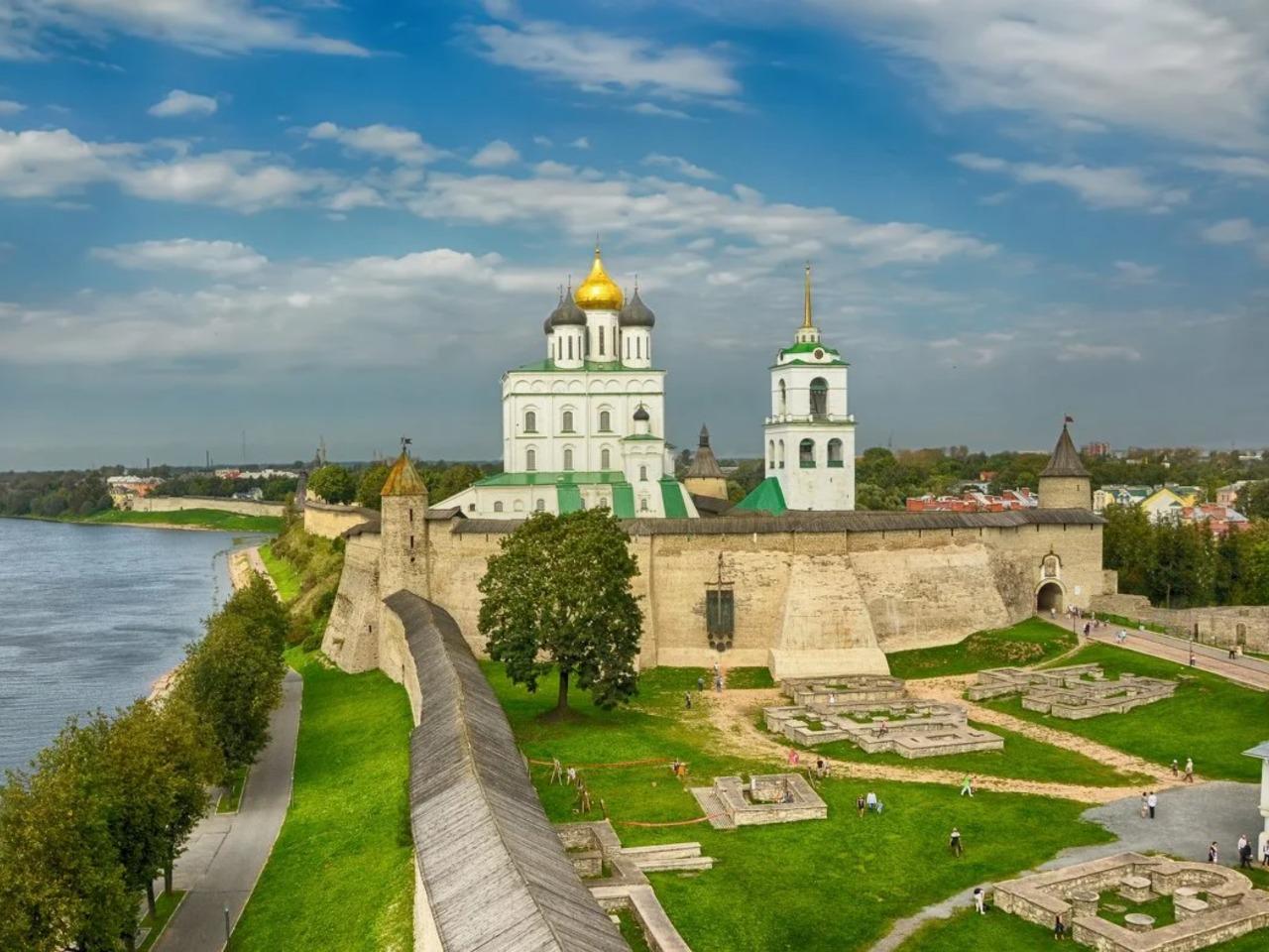 Псков, Изборск, Печоры за один день - индивидуальная экскурсия в Пскове от опытного гида