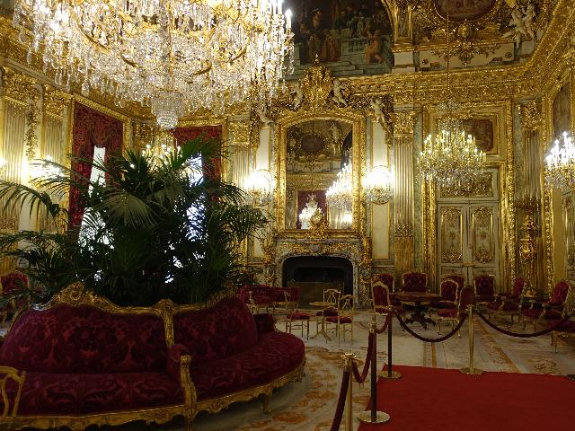 """Бесценные сокровища Лувра: """"крылатый"""" музей Парижа"""