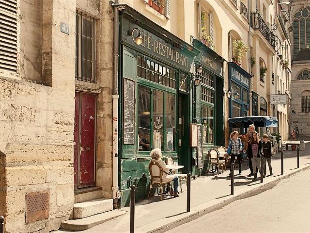 Путешествие в самый счастливый квартал Парижа