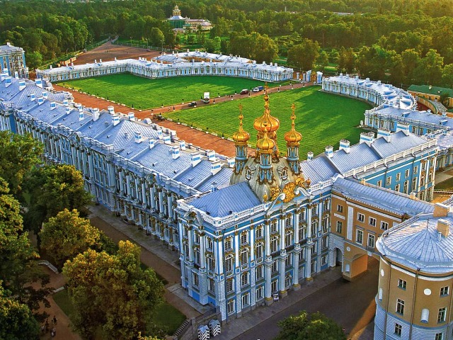 Царское село - прелестный пригород Петербурга