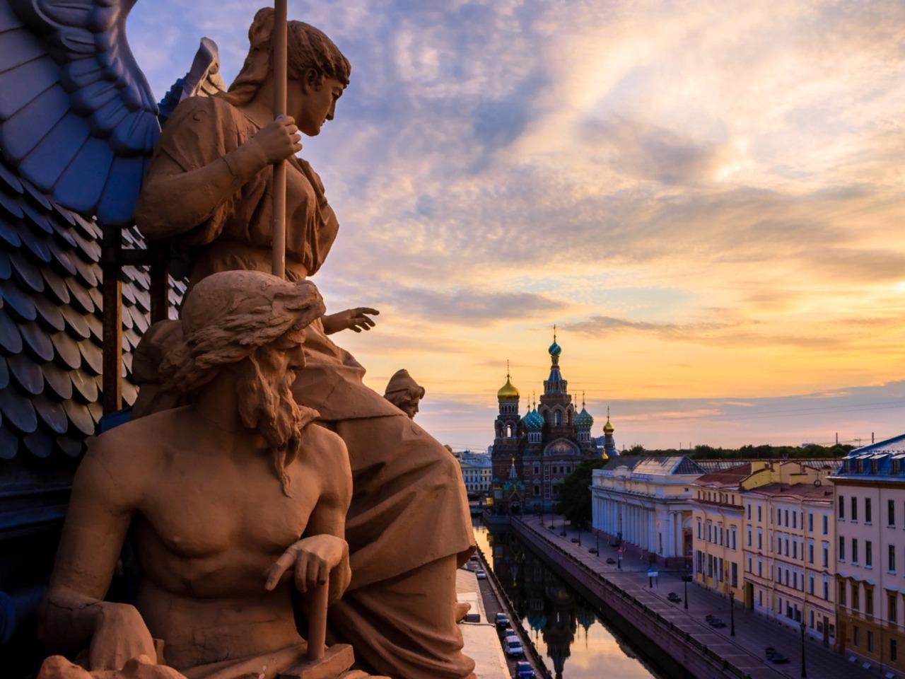 Санкт-Петербург: легенды и мифы Северной столицы - групповая экскурсия по Санкт-Петербургу от опытного гида