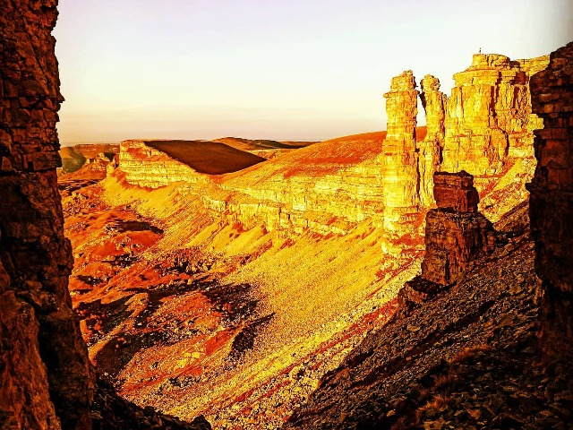 Захватывающий дух джиппинг на плато Бермамыт