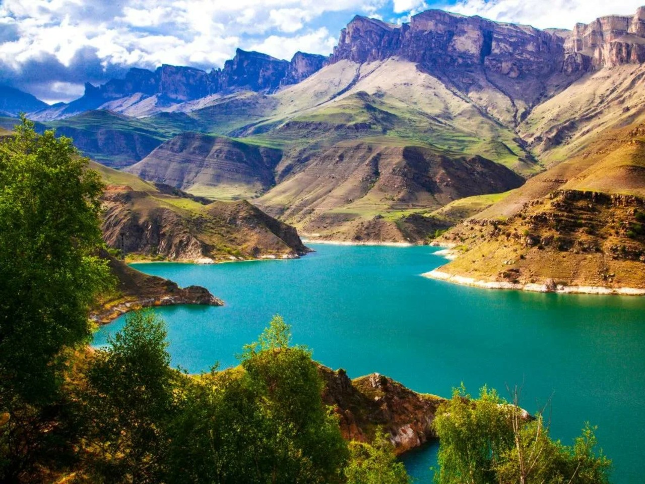 Озеро Гижгит, перевал Актопрак и Верхний Чегем - групповая экскурсия в Кисловодске от опытного гида
