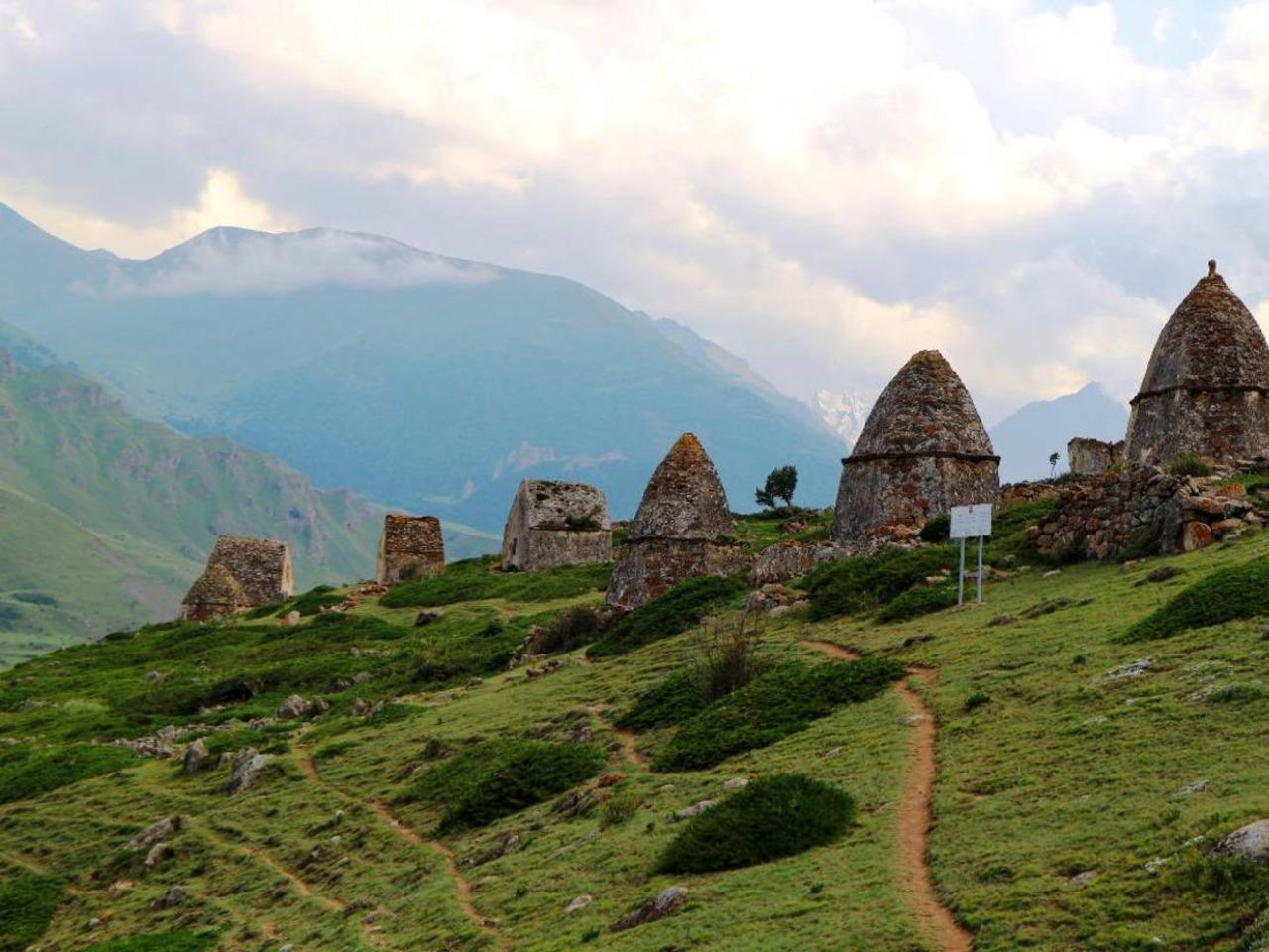2 ущелья Кабардино-Балкарии: Чегемское+Баксанское - индивидуальная экскурсия в Пятигорске от опытного гида