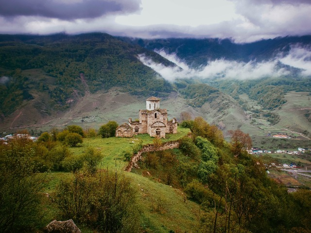 Домбай: сказка в горах Кавказа