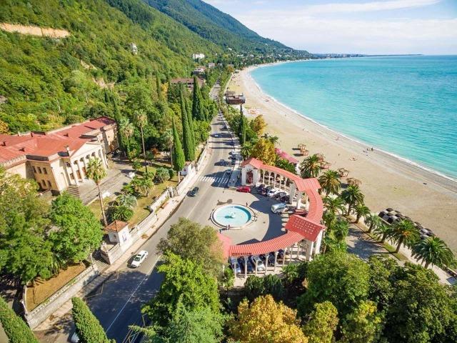 Из Сочи - в топовые места Абхазии
