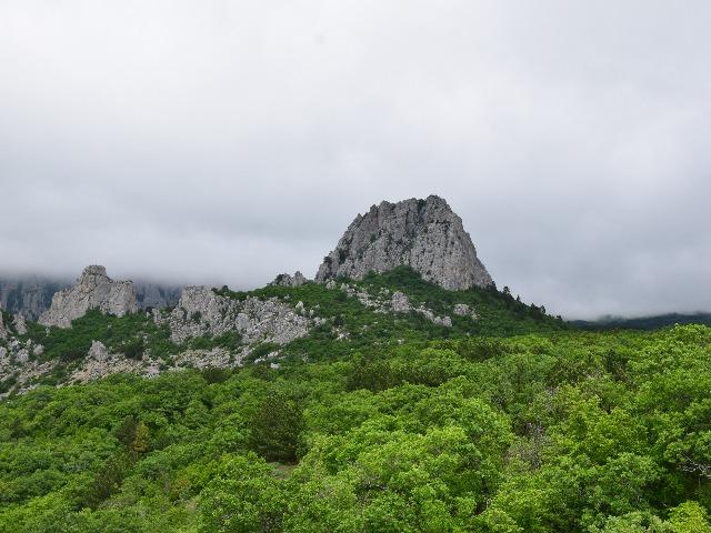 Прогулка тропой Биюк-Исар на вершину горы-крепости
