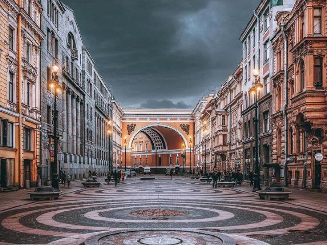 Ансамбль центральных площадей Петербурга