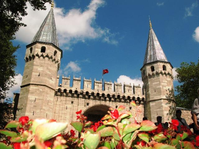 """Ощутить """"Великолепный век"""" в ароматном Стамбуле"""