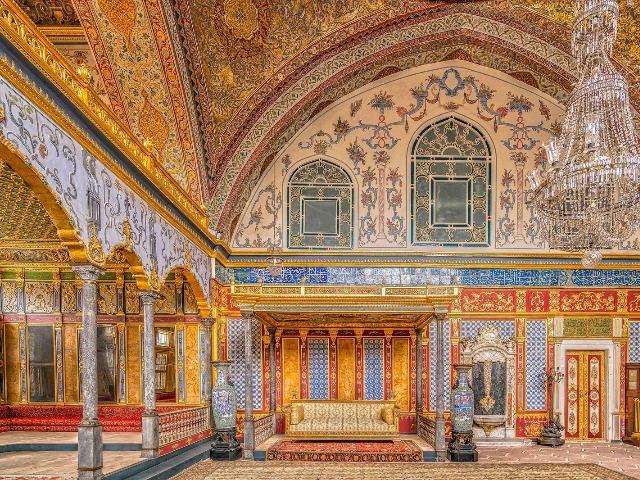 """Дворцы и мечети Стамбула: """"Великолепный век"""""""