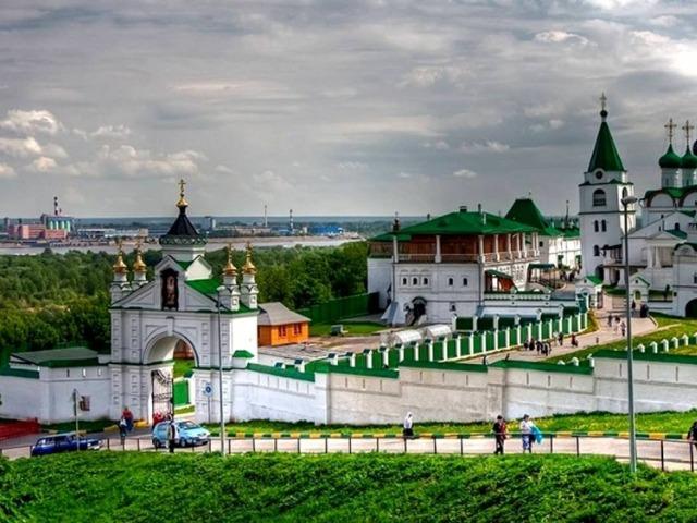 """Автотур """"Канатная дорога + Печерский монастырь"""""""