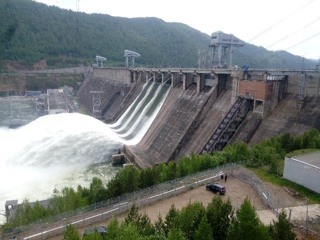 Красноярская ГЭС: гордость советской энергетики!