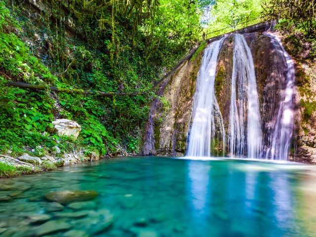 Самые красивые водопады Сочи и его окрестностей