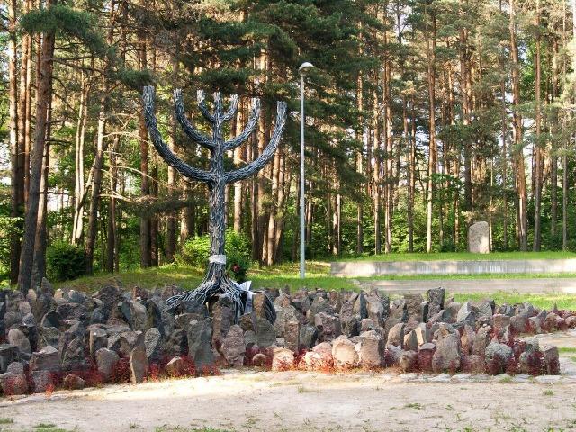 Память о Холокосте в Риге