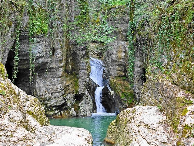 Дача Сталина и Агурские водопады