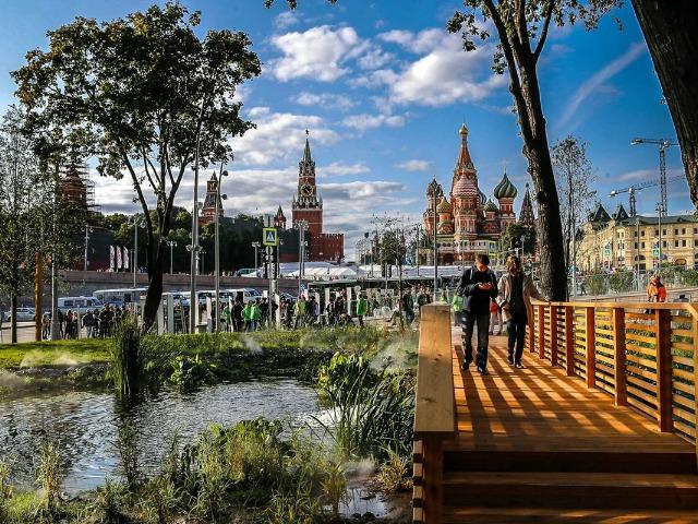 Старинный Кремль и Зарядье