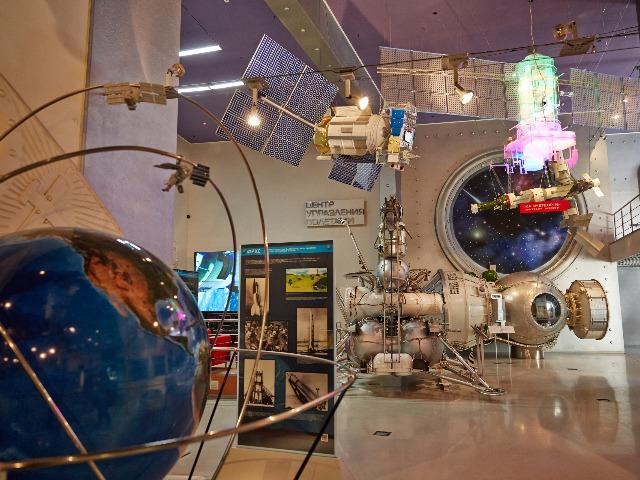 Космическое путешествие по Музею космонавтики