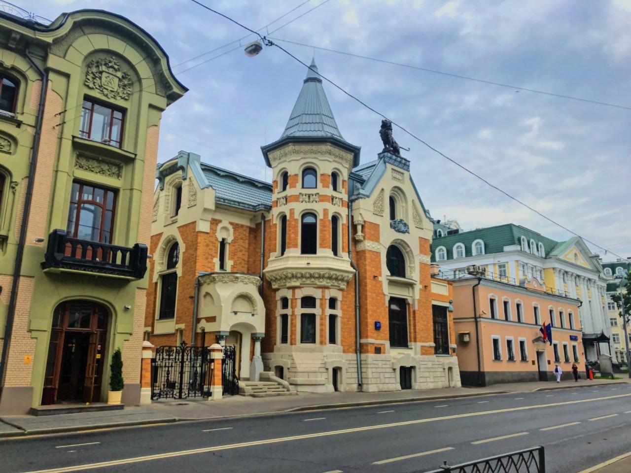В поисках модерна по Остоженке и переулкам - индивидуальная экскурсия в Москве от опытного гида