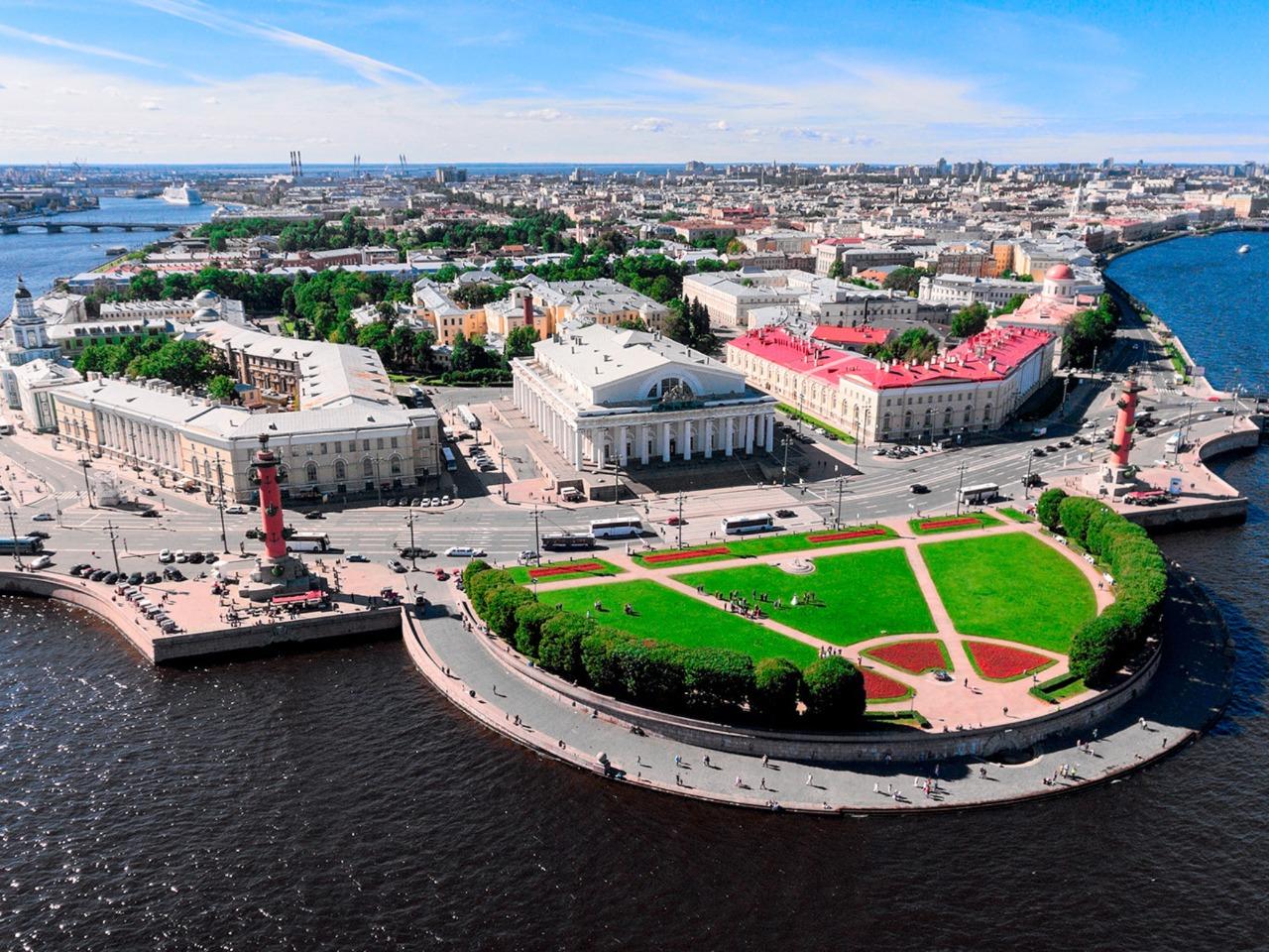 Остров неразгаданных тайн Северной Венеции - индивидуальная экскурсия по Санкт-Петербургу от опытного гида