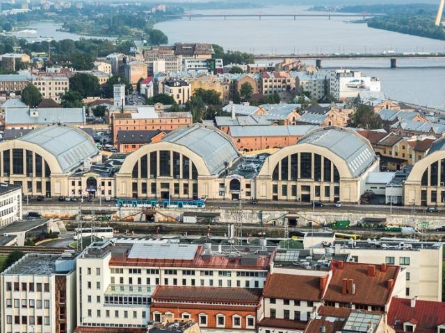 Рига: квартал Спикери и Центральный рынок