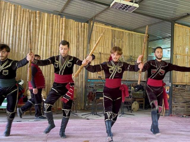 Горная Аджария и фольклорное шоу в мини-группе